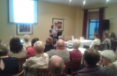Amy Murphy speaking at The World Alzheimers Day
